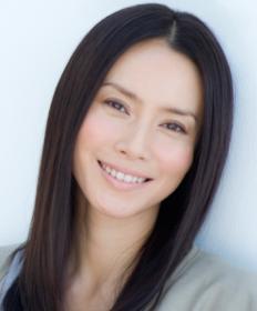 中谷美紀 凄い英語力の勉強法に衝撃!?旦那が初婚だったのはなぜ? | HS ...